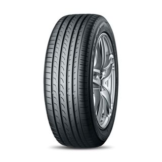 Yokohama BluEarth RV-02 tyre Image